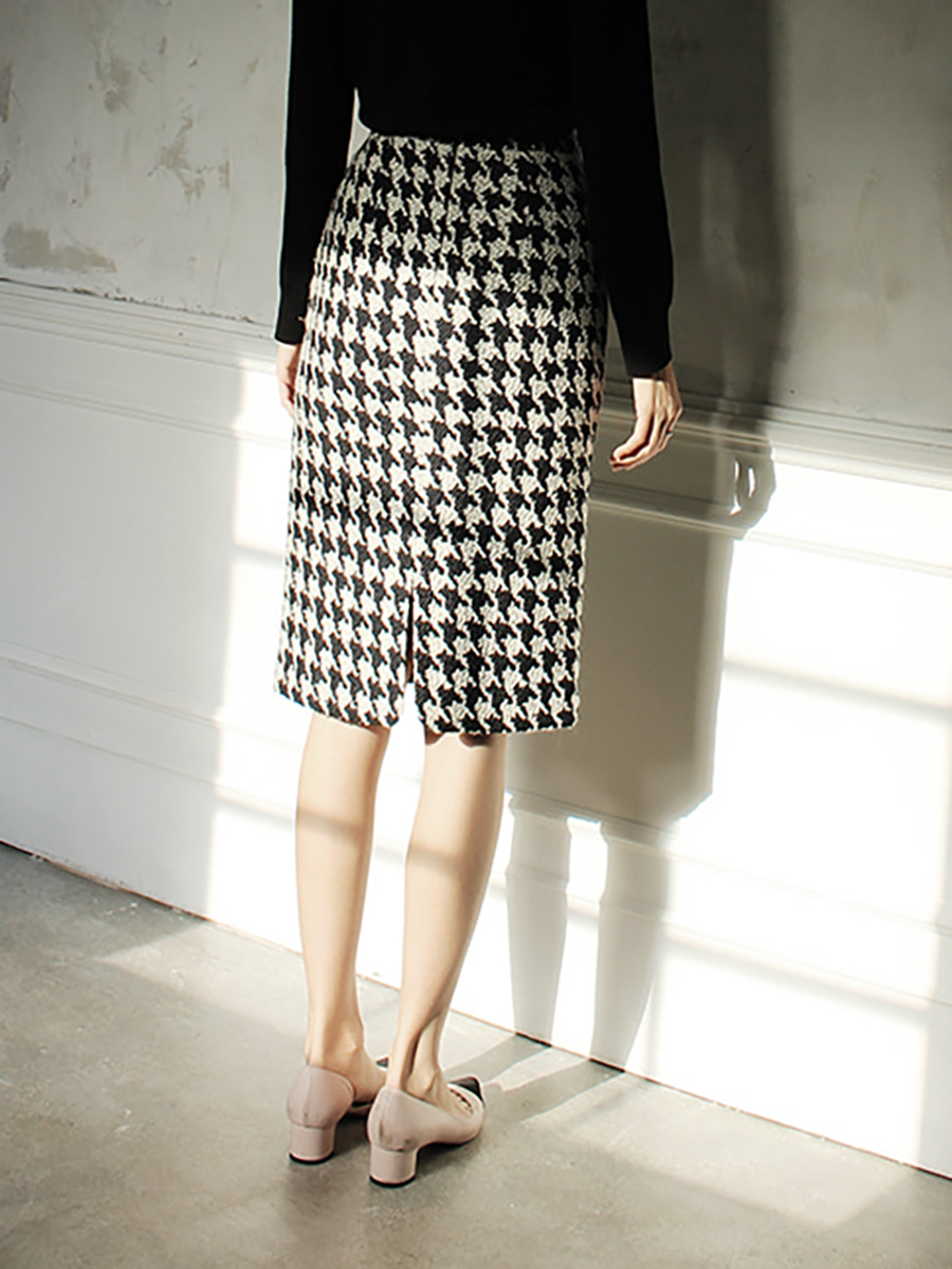 14k Houndtooth skirt