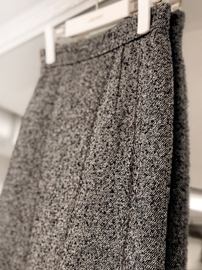 wool royal set-up skirt